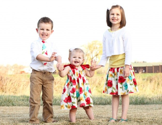 Cute idea for coordinating handmade outfits family photos cute idea for coordinating handmade outfits negle Gallery