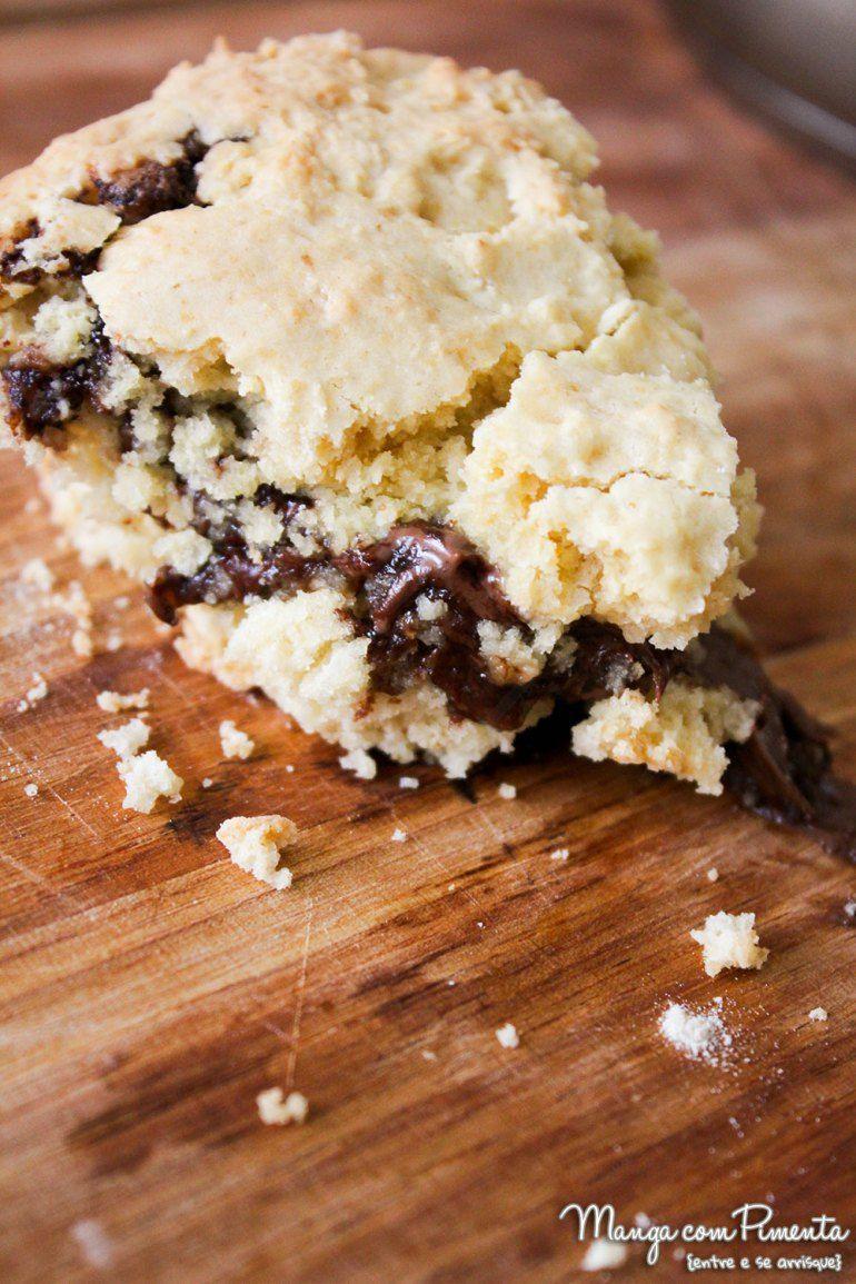 Cookie de Frigideira com Creme de Avelã e Chocolate, clique na imagem para ver a receita no Manga com Pimenta.