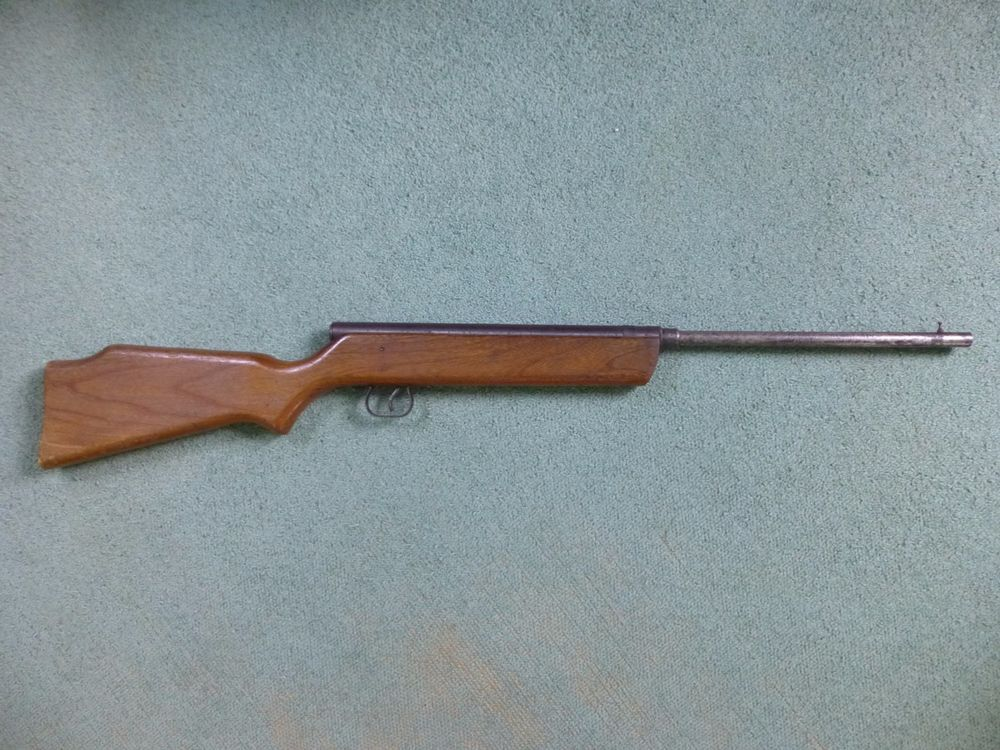Vintage Crosman Arms Co. V-350 Slide Action BB Air Rifle ...