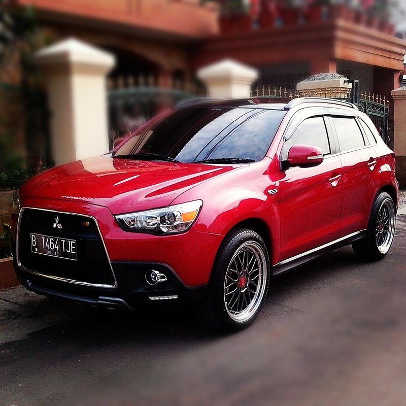 Mitsubishi Sport: Modifikasi Mitsubishi Outlander Sport Merah