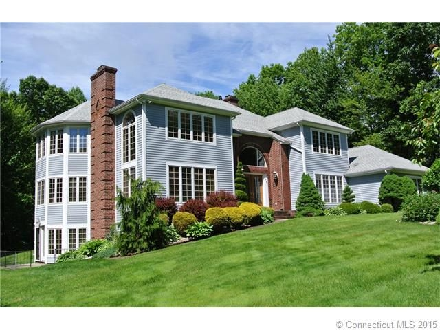 73 Harrison Dr Wolcott Ct Connecticut 06716 This Beautiful Contemporary Colonial Featuring A 1200 Sf In Law Is Located Crazy Houses Wolcott House Styles