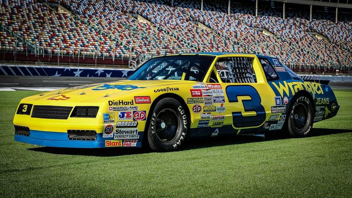 INTIMIDATOR DALE EARNHARDT NASCAR CHAMPION STOCK CAR AUTO RACING PHOTO CHEVROLET