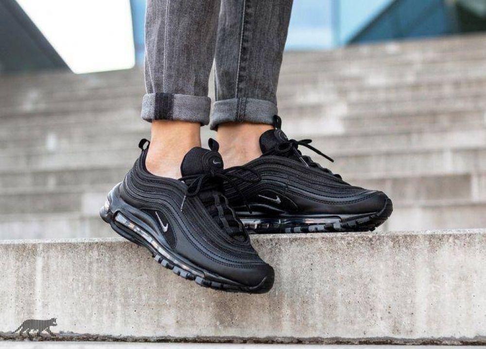 nike all black 97