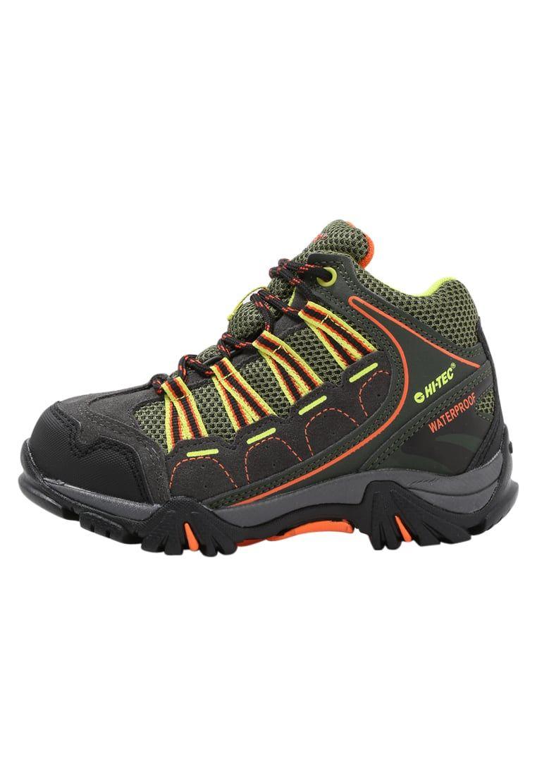 02211ffb43d ¡Consigue este tipo de zapatillas altas de Hi-tec ahora! Haz clic para