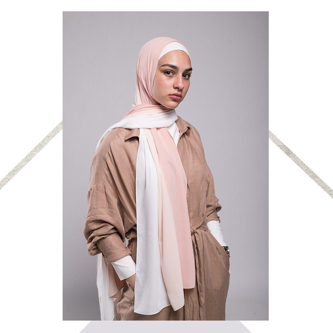 Photo of We love long flowy scarves // Elegance in simplicity⠀ ⠀ ⠀ ⠀ ⠀ ⠀ ⠀ …