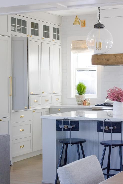 Best Light Gray Shaker Kitchen Cabinets With Brass Cup Pulls 400 x 300