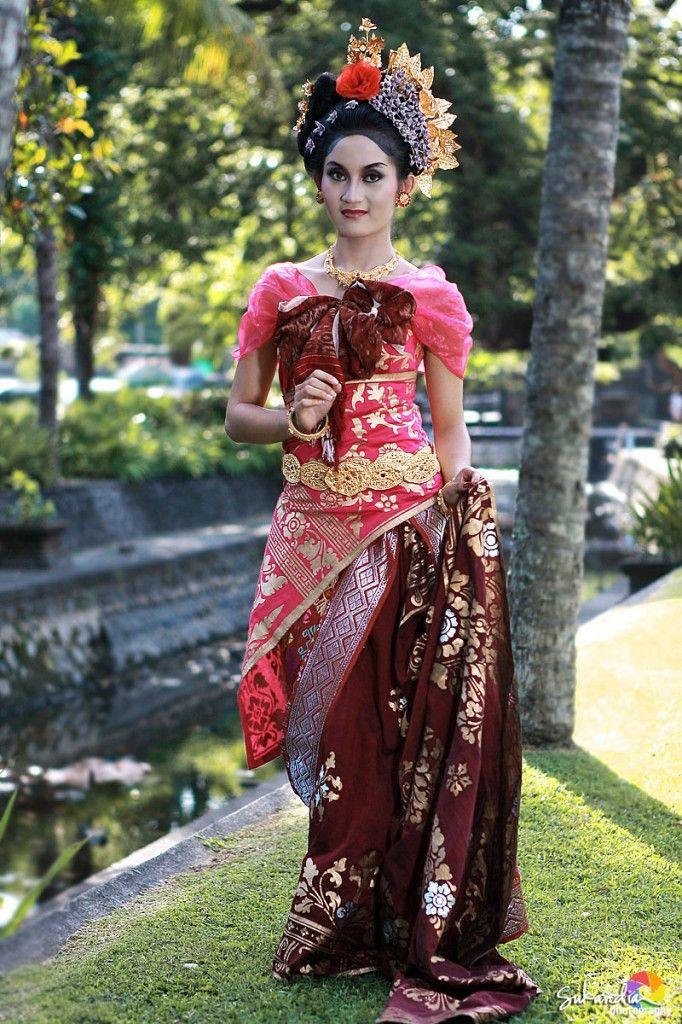 Beautiful Indonesian Girl Wearing Traditional Dress Of Balinese
