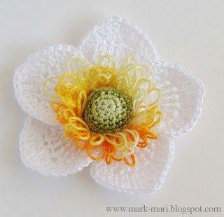 5.five petal easy crochet flower free pattern