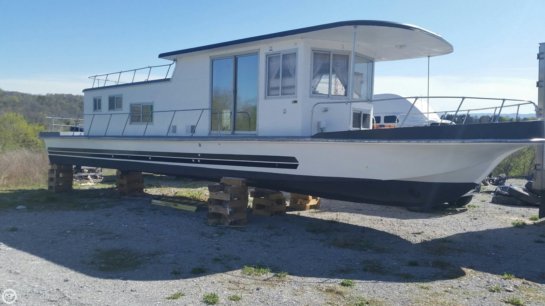 Completely refurbished inside and out, new hydraulic steering, new ...