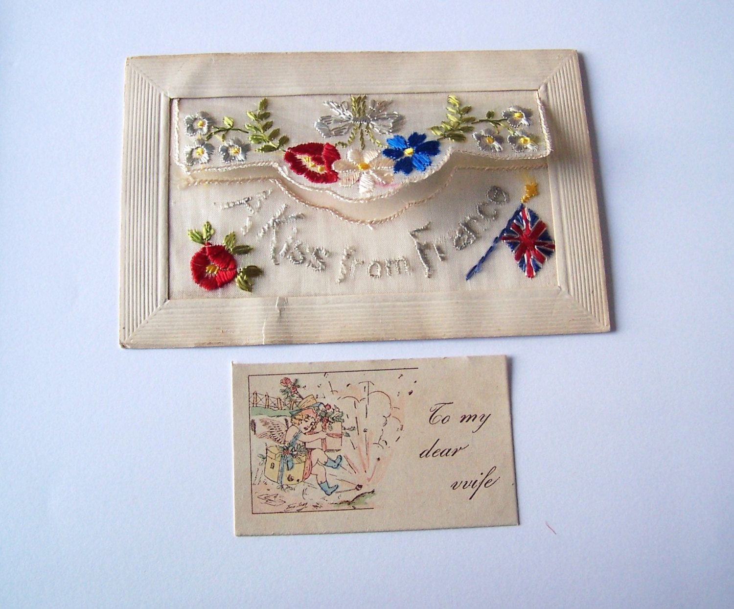 Antique Wwi Silk Embroidered French Postcard A Kiss From France