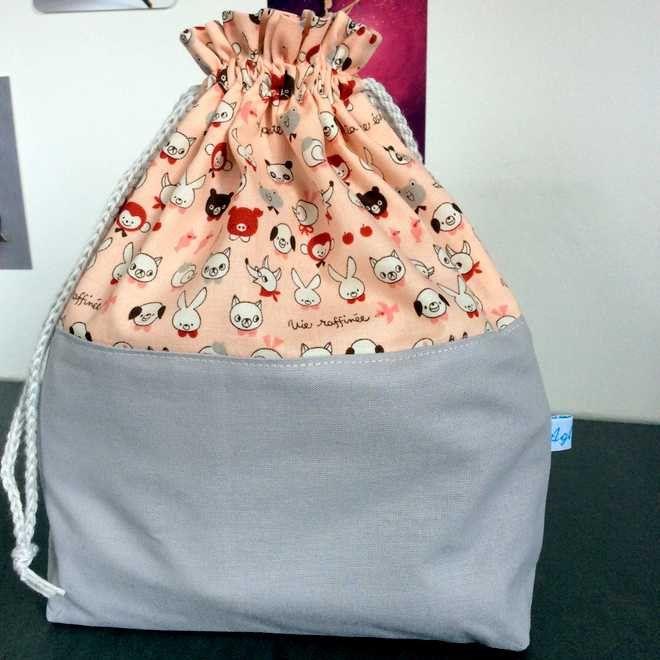 Adorable pochon en coton ou sac à encours tricot ou par AglaeLaser