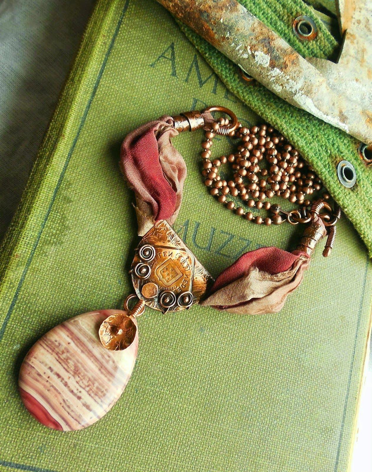 Art Jewelry Elements: Free Tutorials & Favorite Posts