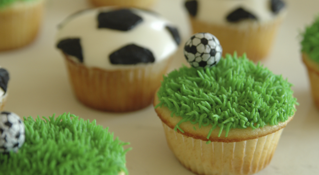 World Cup Party Snacks Vouchercloud Visit Www Fireblossomcandle Com For More Party Ide Soccer Cupcakes Soccer Birthday Parties Cupcakes For Men