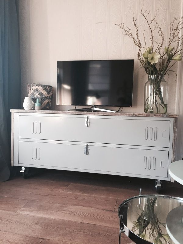 Tv Meubel Industrieel Wit.Dressoir Tv Meubel Industrieel O L D Woonkamer Tv