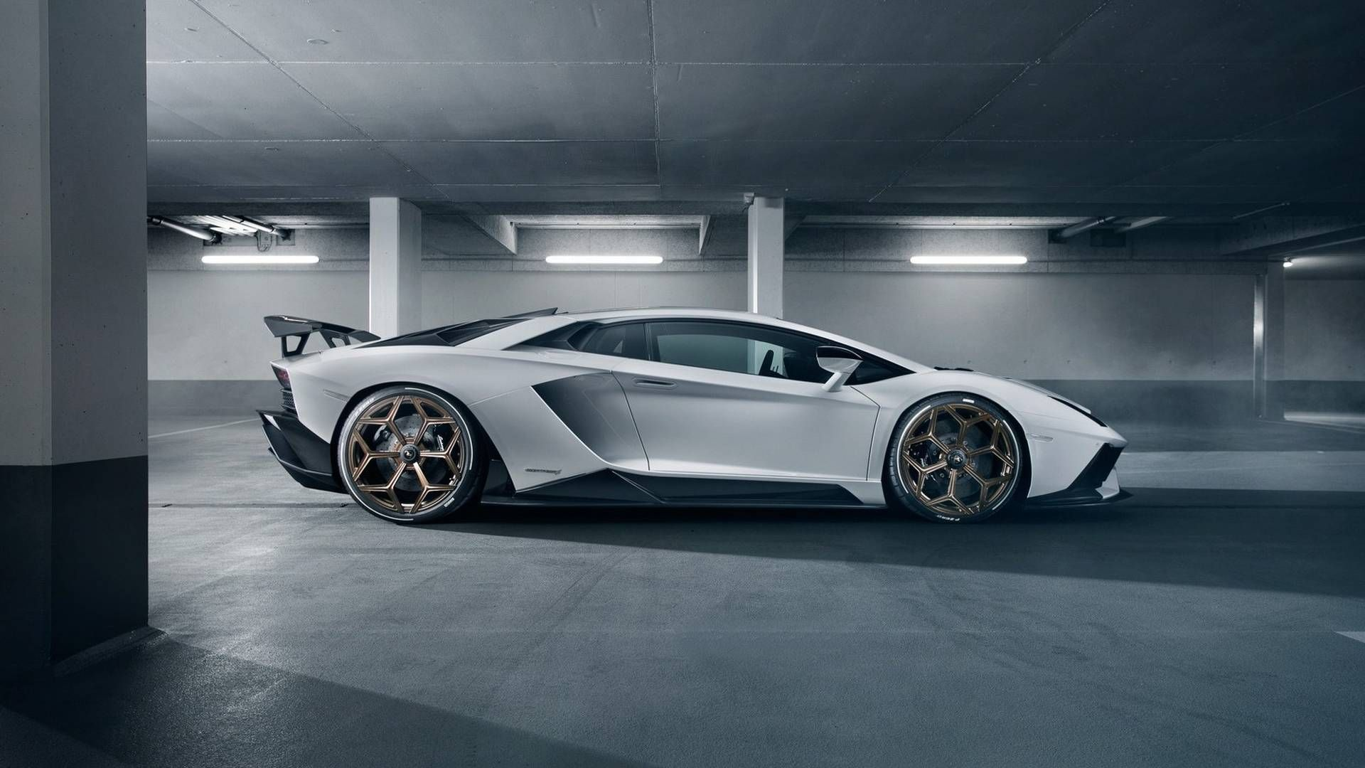 Novitec Makes Lamborghini Aventador S Lighter And More Powerful Lamborghini Aventador Lamborghini Vossen