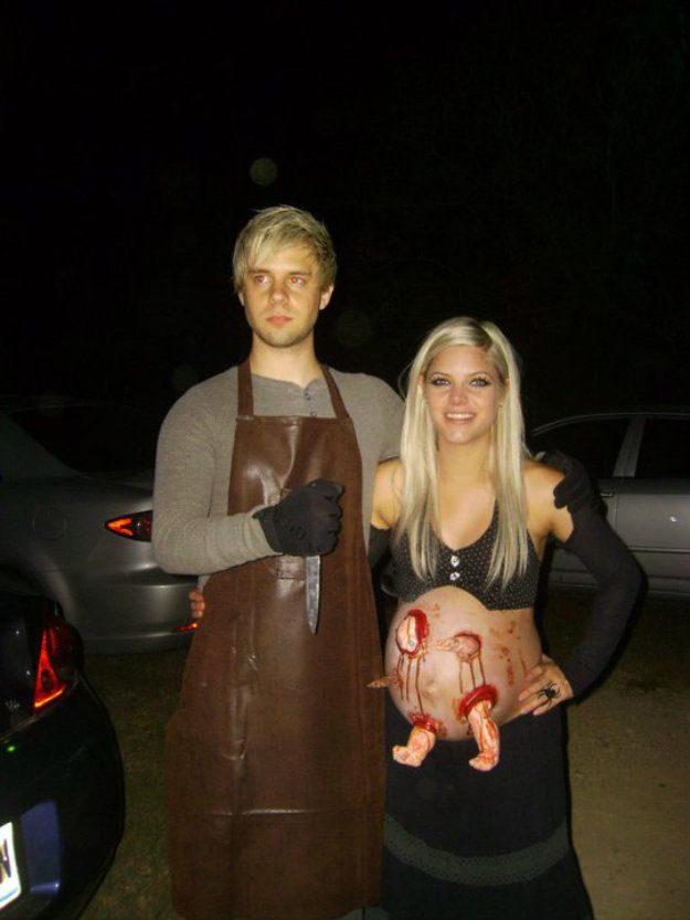 19 incredibly creepy couples costumes crazy halloween costumespregnant - Pregnant Halloween Couples Costumes
