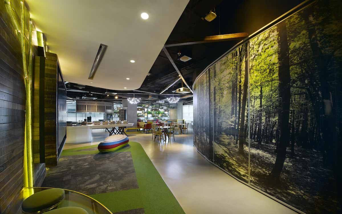 Google 39 s new office in malaysia is a wild indoor jungle for Indoor nature design
