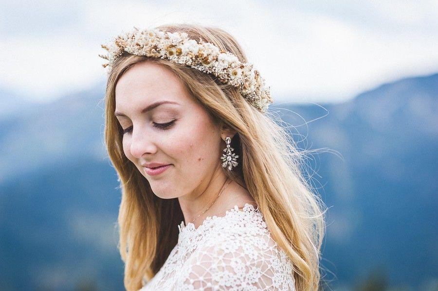 Hochzeit Zu Zweit Elopement Im Boho Stil Auf Dem Wallberg Mit Bildern Hochzeit Braut Brautfrisur