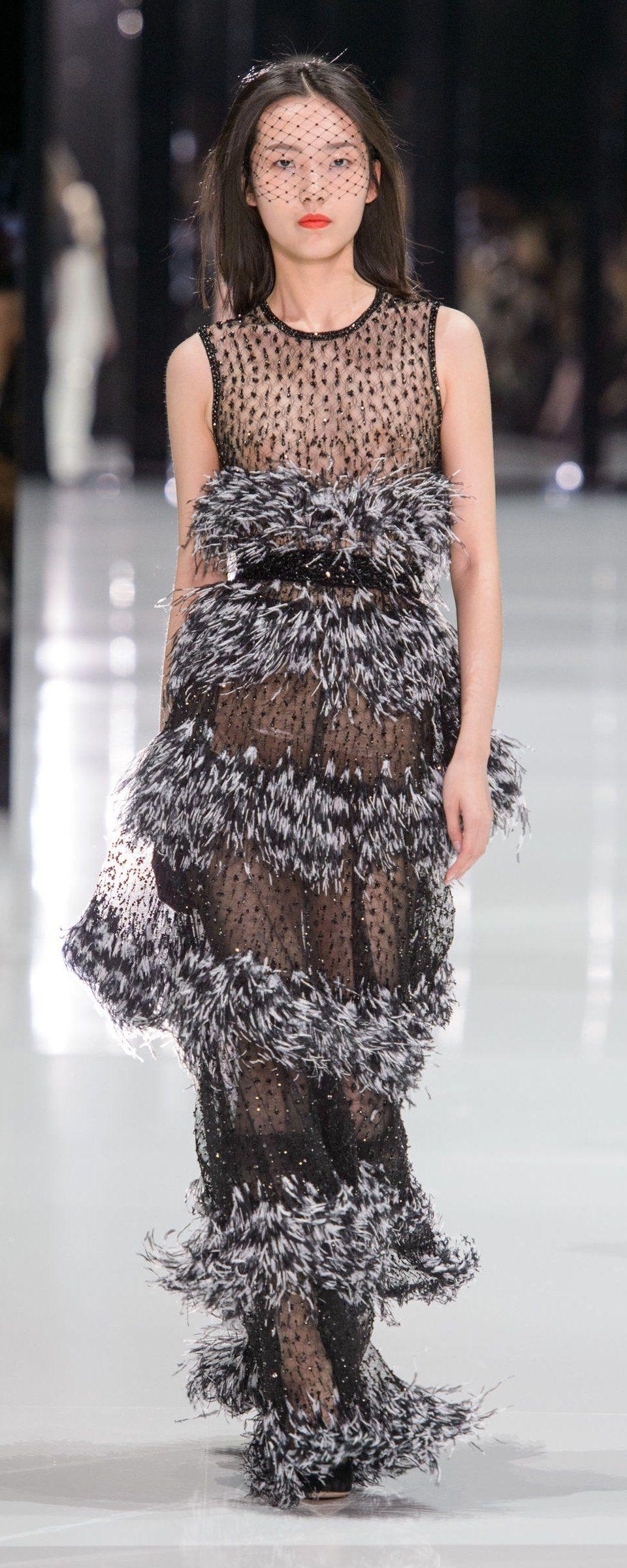 6b65e4db4154 Ralph   Russo Spring-summer 2018 - Couture v roku 2019