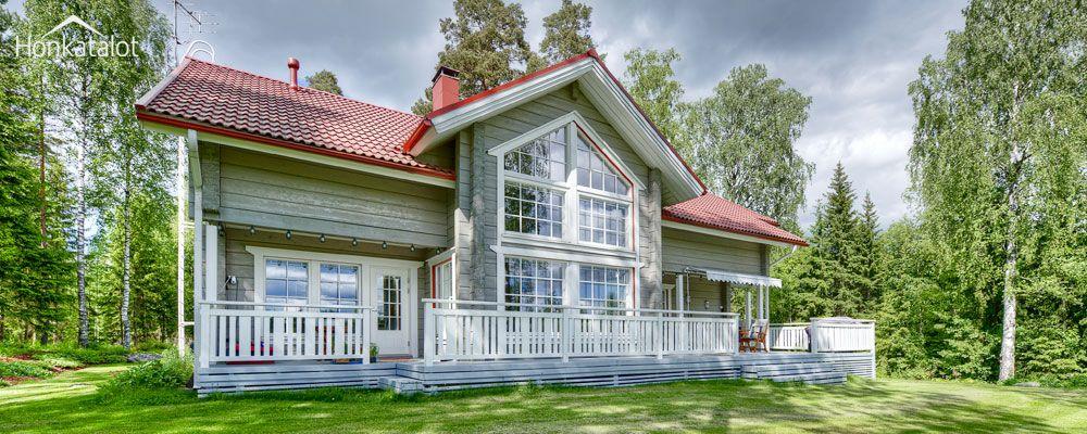 Klassinen hirsitalo Lumme - Honkatalot.fi