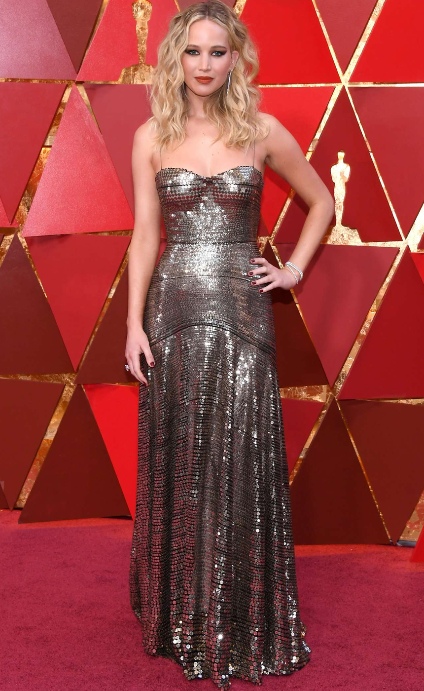 Jennifer Lawrence 2018 Oscars | Oscar dresses, Nice ...