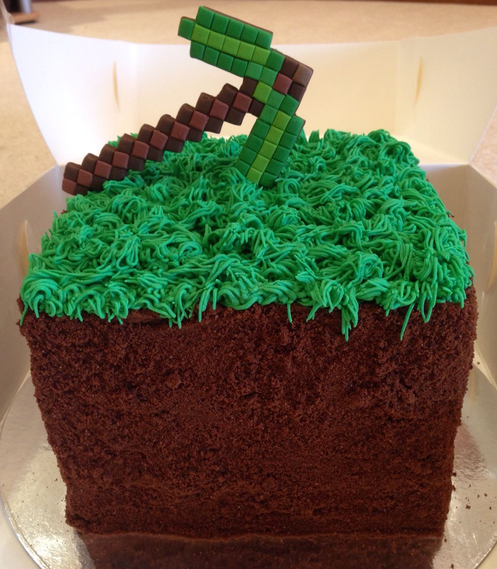 Minecraft Dirt Block With Emerald Pickaxe Triple Barrel Vanilla Velvet Cake Green Piped Grass And Chocolate Biscuit Crumb Fo Minecraft Cake Cake Cake Cover