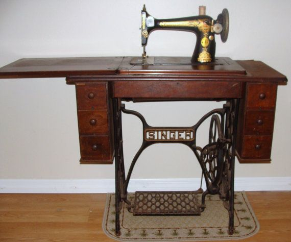 40 SINGER SEWING MACHINE Things I've Always Wished To Acquire Inspiration 1902 Singer Treadle Sewing Machine
