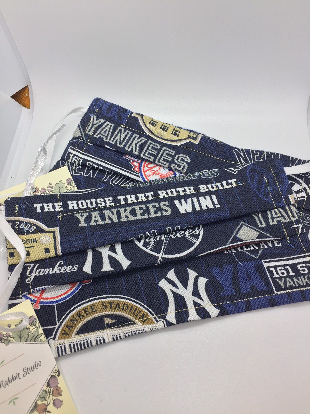 New York Yankees Pattern Cloth Face Mask Fabric Face Mask Cotton Face Mask Face Mask With Metal Reusable Face Mask Washable Face Mask In 2020 Clothing Patterns Fabric Washable