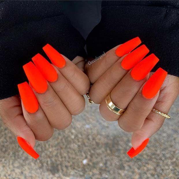 23 modellen fluorescerende nagels perfect voor de zomer