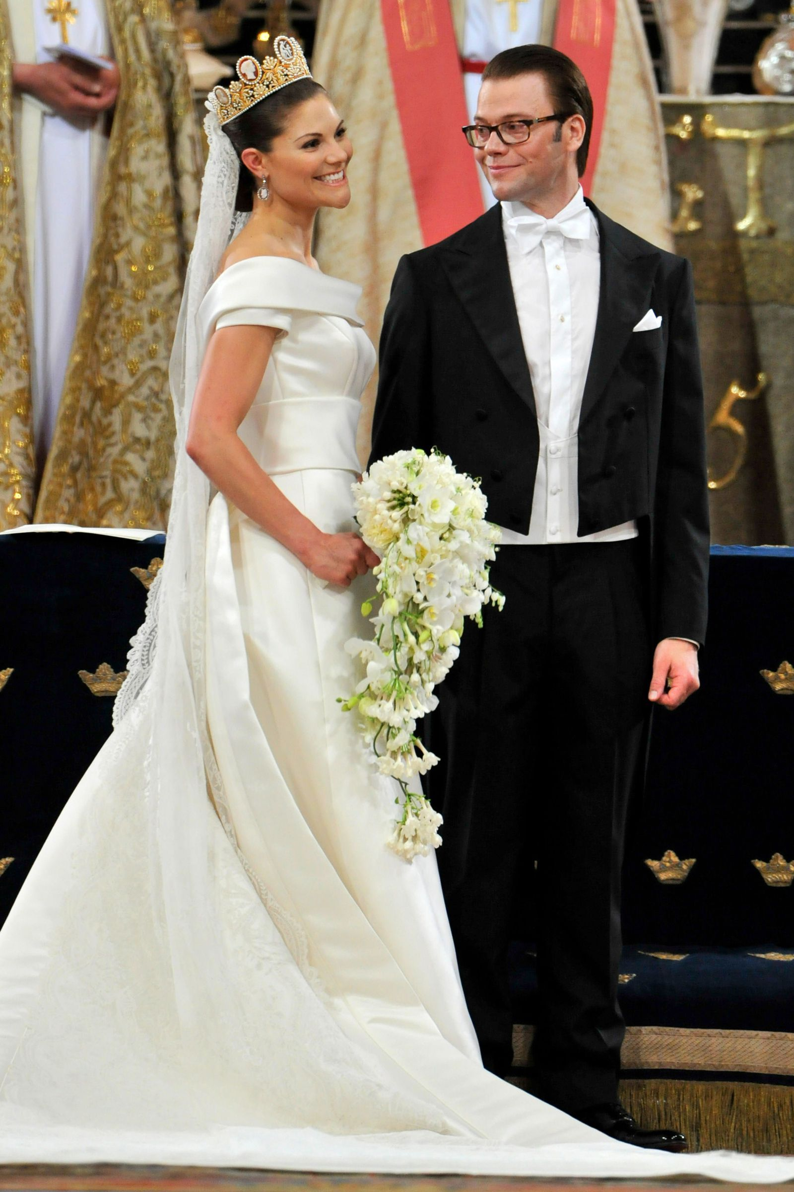 Royal Wedding Time.The 30 Most Jaw Dropping Royal Wedding Gowns Of All Time