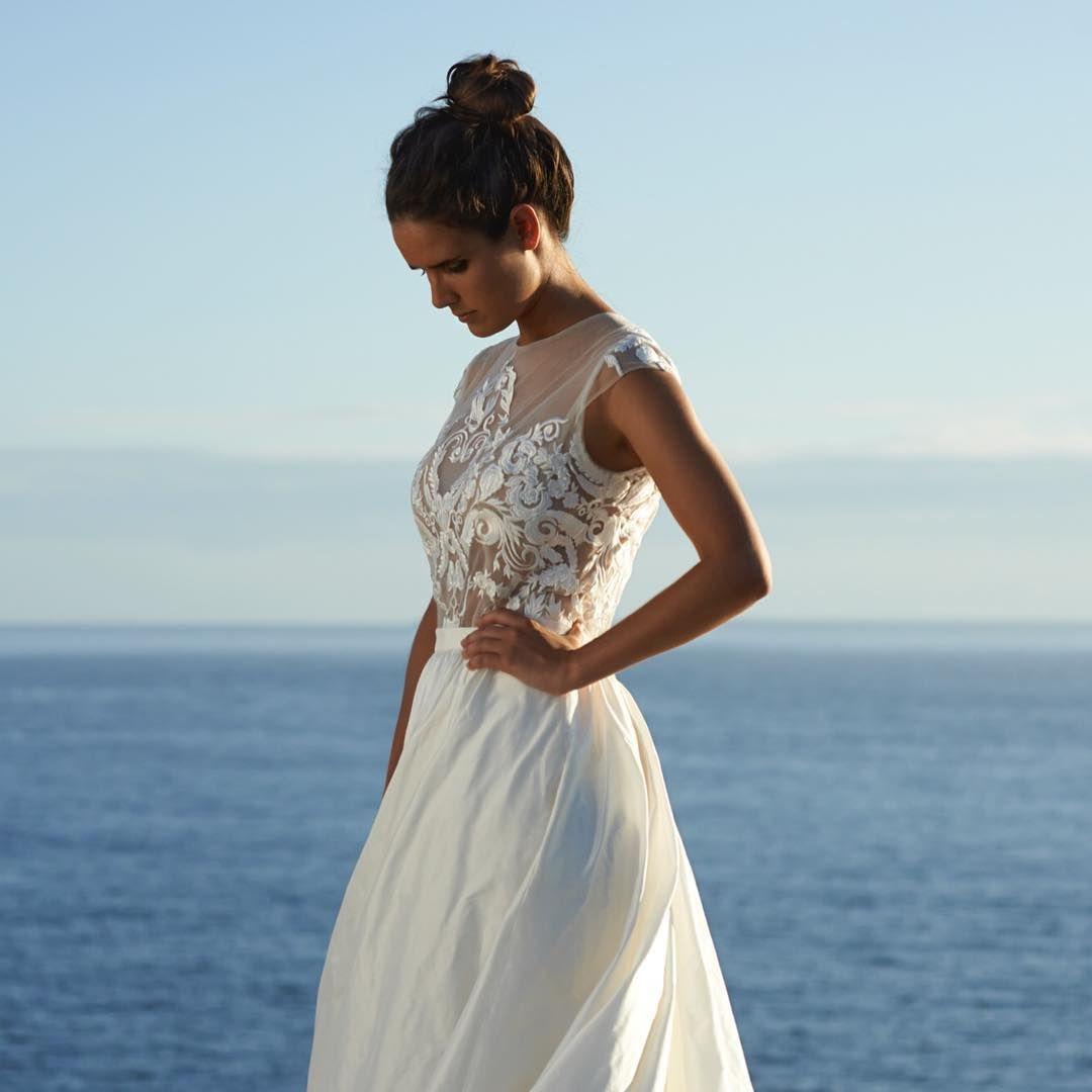 Montana gown - backless wedding dress by M I R A M A N D I Ć ...