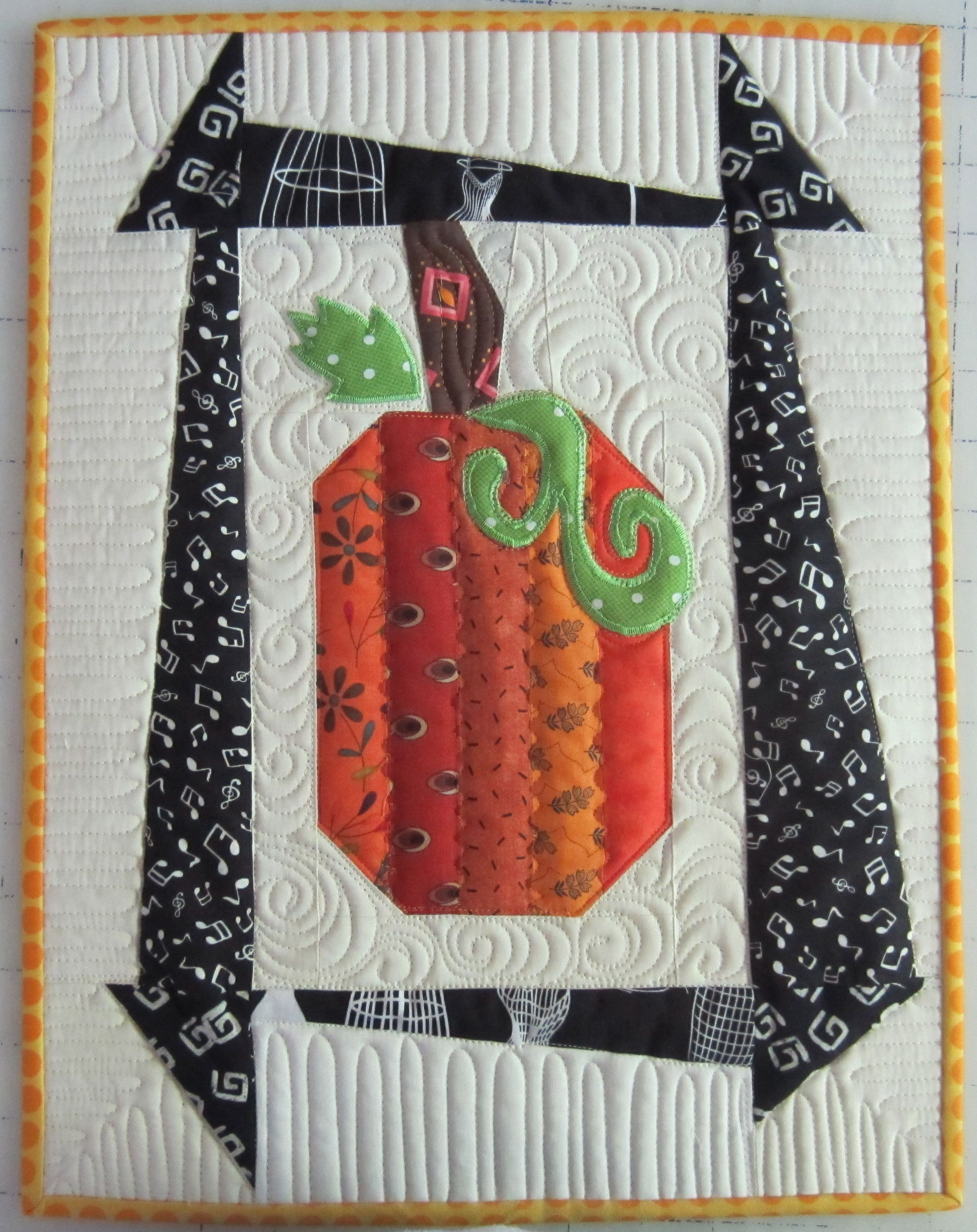 so why am i quilting pumpkins in june well this block design has