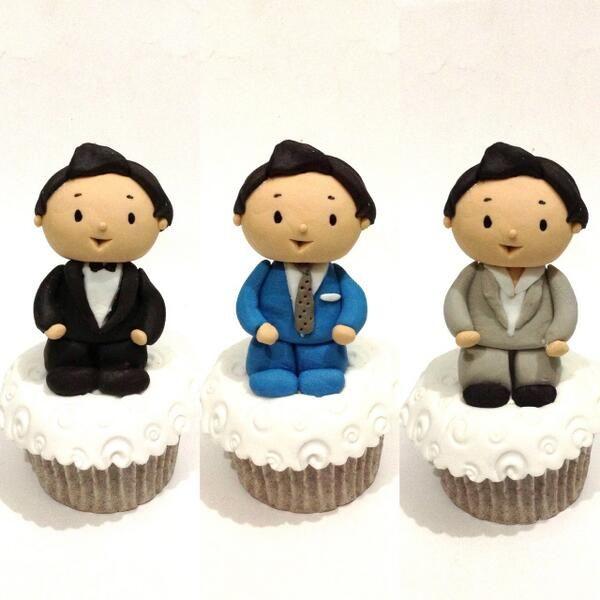 TIFF13 suit cupcakes