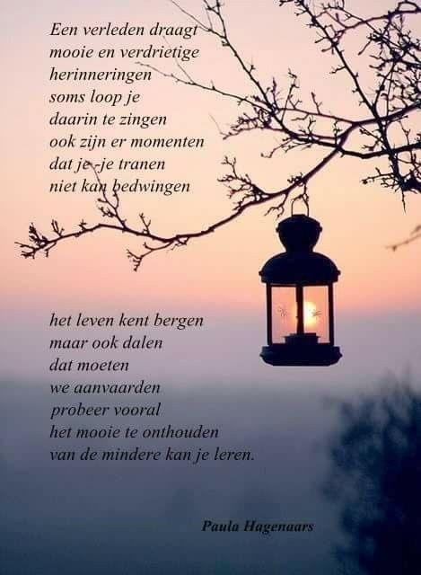 Citaten Uit Gedichten : Een verleden draagt mooie en verdrietige herinneringen