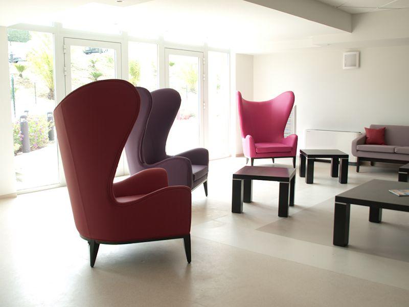 Epingle Sur En Maison De Retraite Retirement Home Design Decor