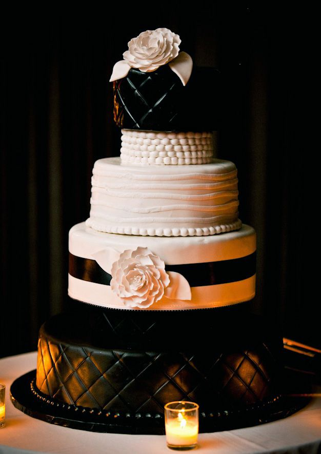 Wedding cake. Chanel inspired