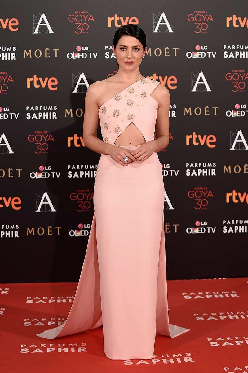 Bárbara Lennie | Dresses | Pinterest | Jorge, Premios y Rojo