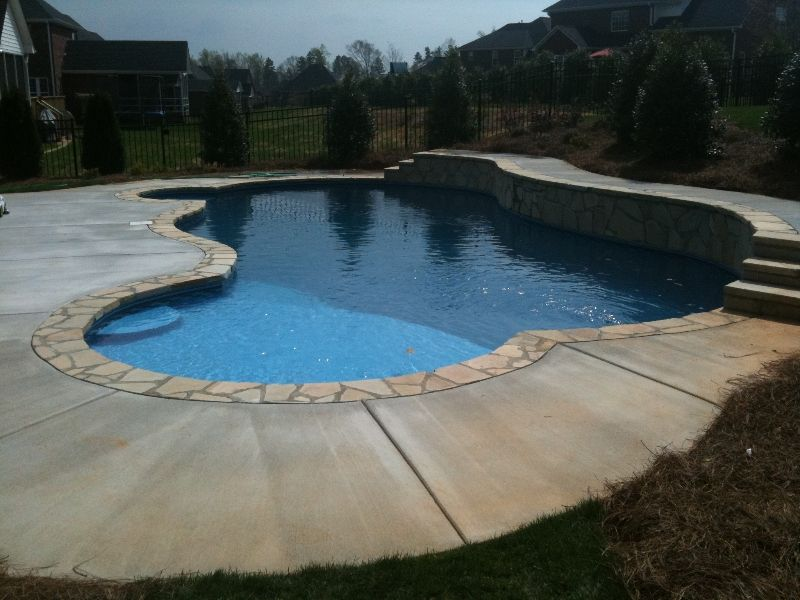 Vinyl Pool - Custom free form pool design - Carolina pool builder ...