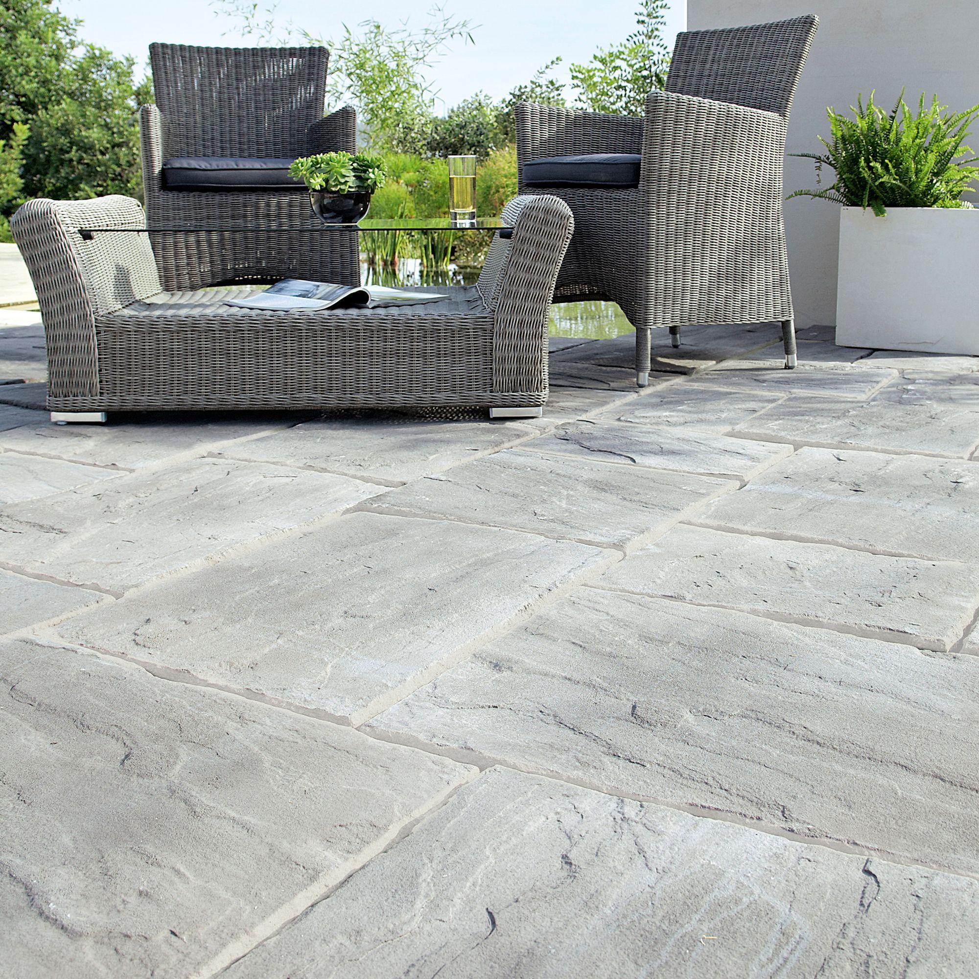 weathered grey wetherdale single paving slab l 300mm w 450mm
