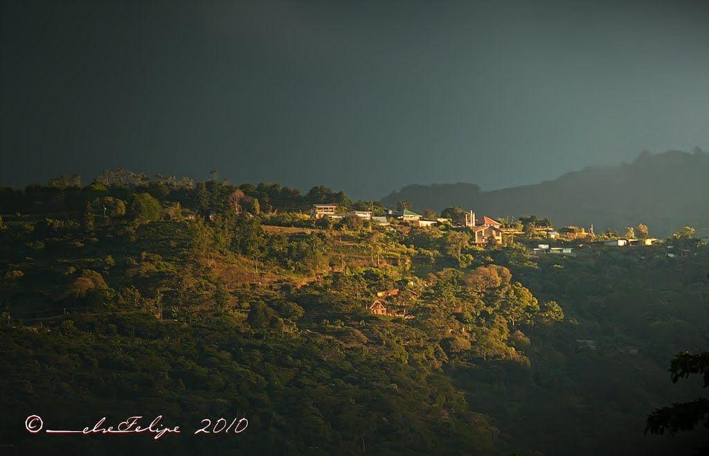 Naranjo. Costa Rica. Foto de: Melsen Felipe