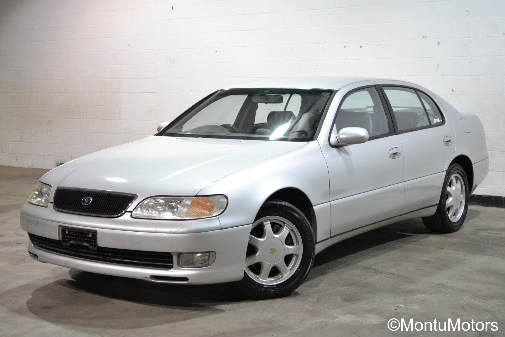 Toyota Aristo with only 16,500 miles on the clock. It's a baby! #montumotors