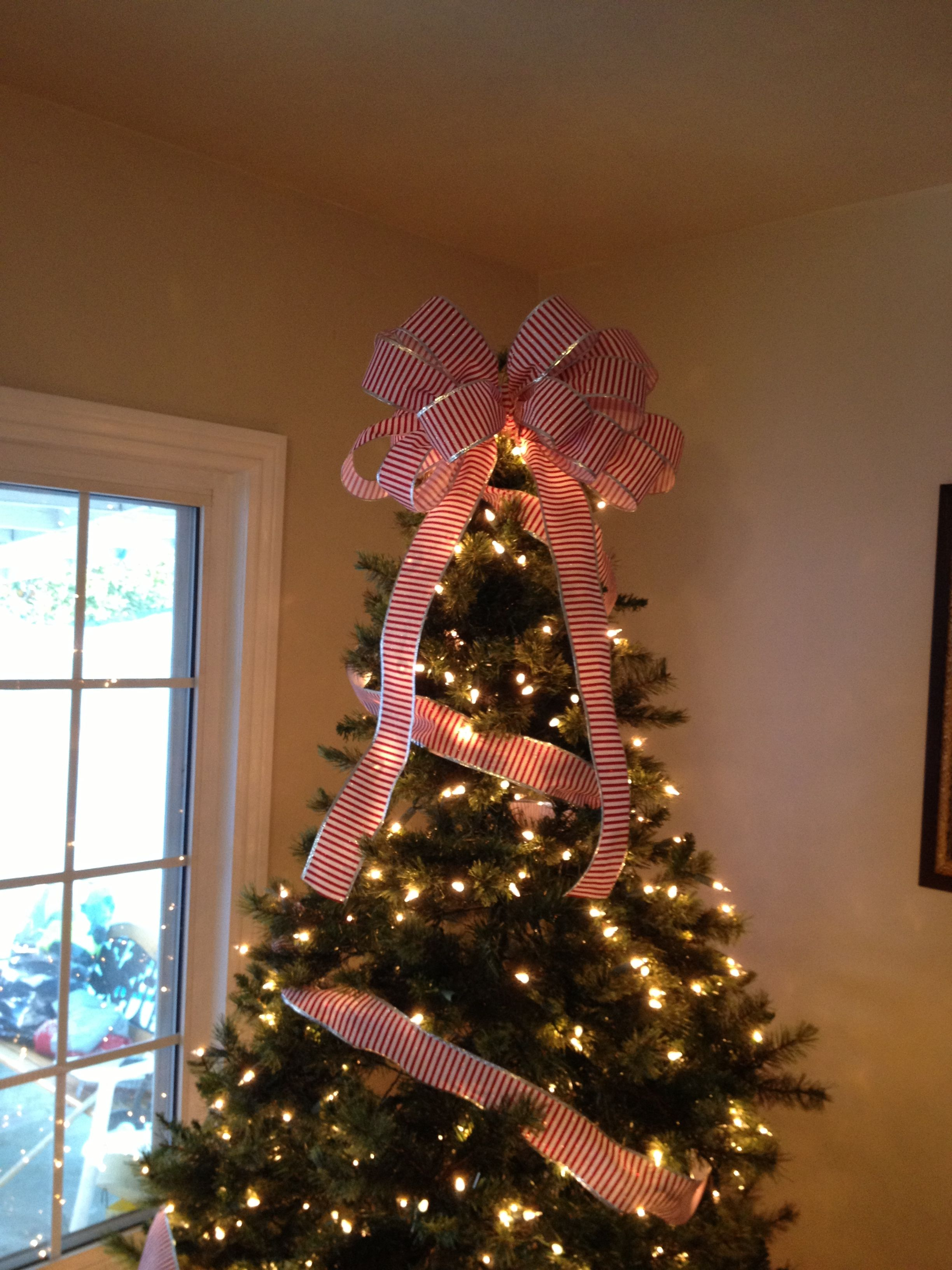 Bow Tree Topper DIY Christmas tree decorations