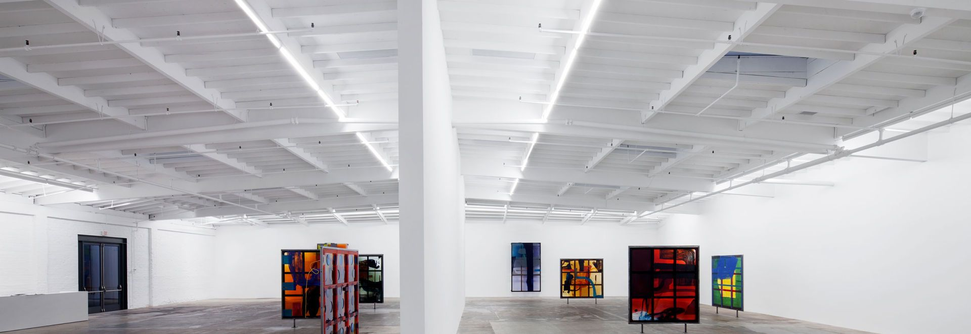 At Maccarone Gallery Prudential Microwash Named As Accomplice With Grand Plans For Her Los Angeles Expansion New York Linear Lighting Prudential Gallery