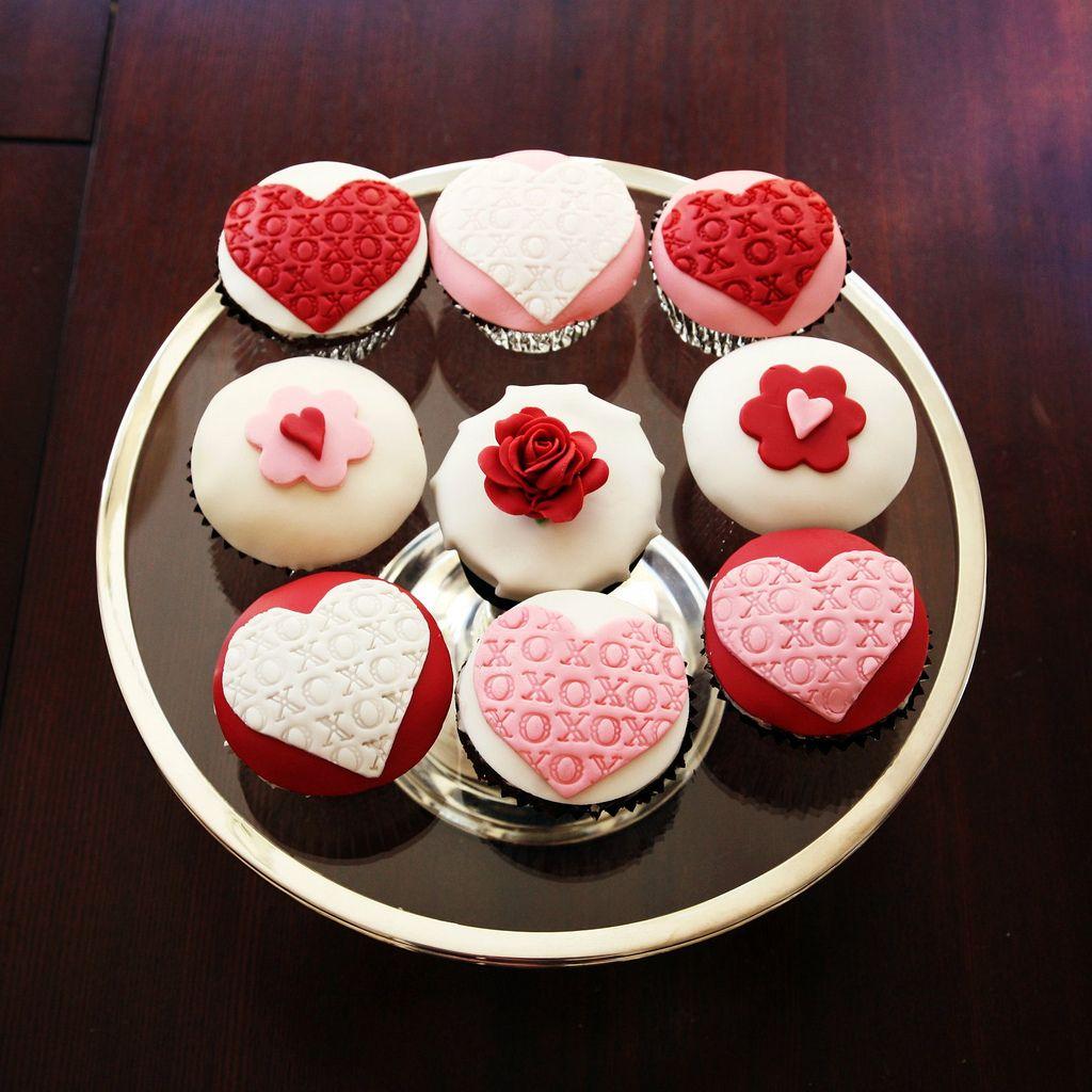 Valentine S Day Cupcakes Valentines Day Pinterest Cupcakes