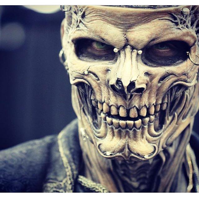 What An Amazing Mask Created By Studio Aki Creepy Masks