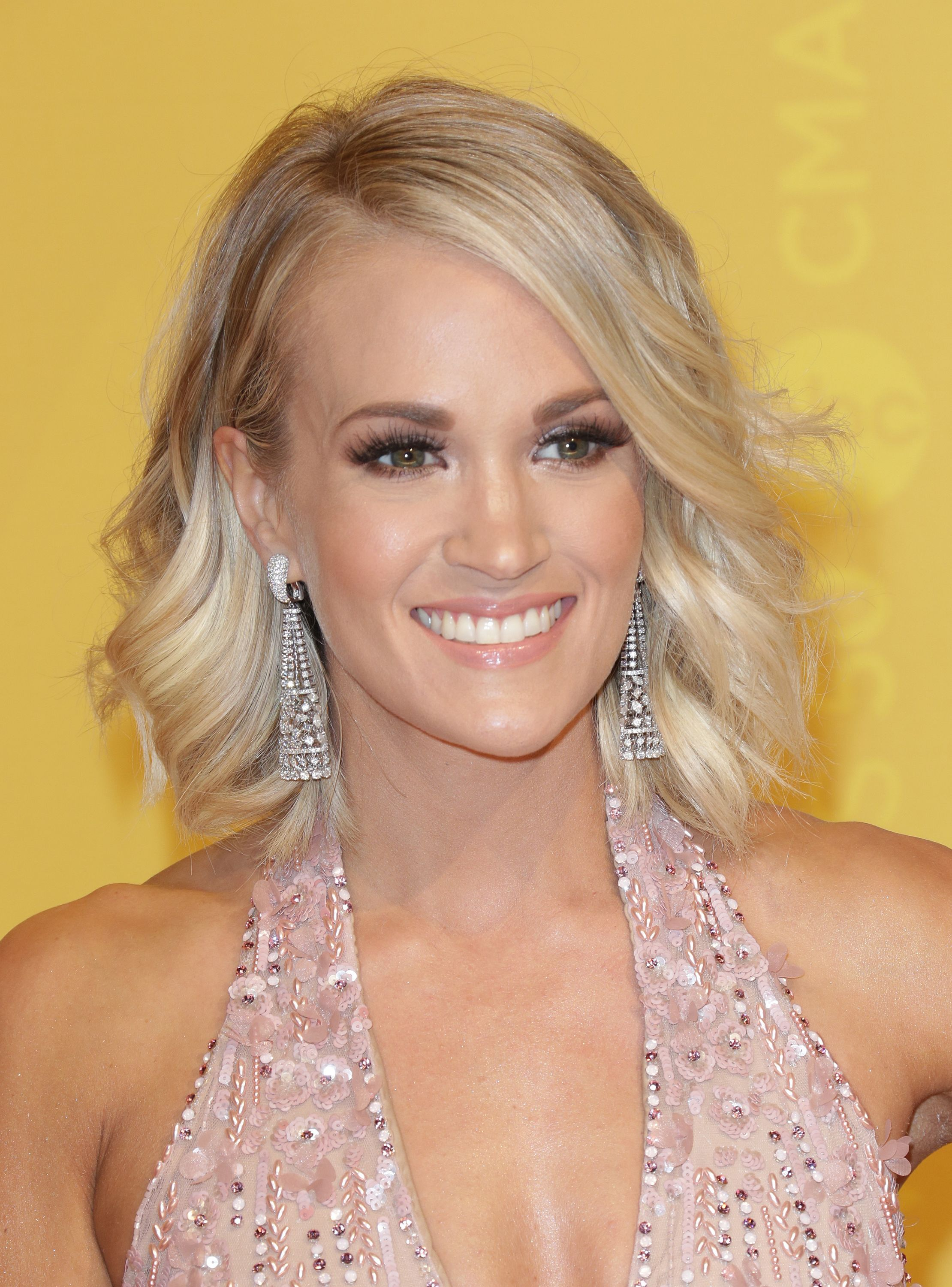 Carrie Underwood On Family Music Her New Fitness Line Calia
