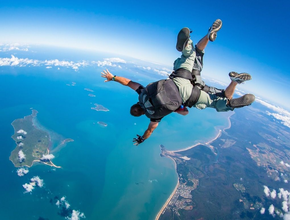 10 Amazing Skydiving Spots In Australia New Zealand Experience Oz Outdoor Travel Adventure Skydiving Pictures Skydiving