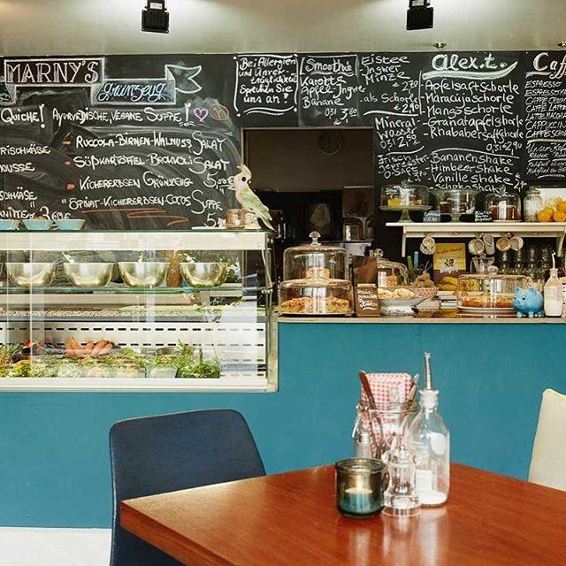 Genuss Station Marny S Alex T Vegi Bistro Cafe Schnitten Salate Kaffe Kuchen Speis Trank Dusseldorf Alte Fliesen Kaffee Und Kuchen Genuss