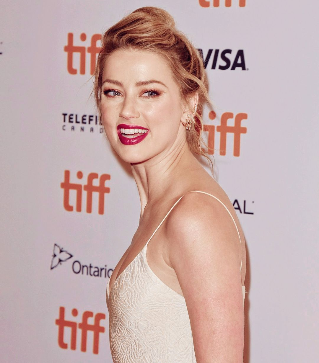Pin By Katie Stier On Amber Heard In 2020 Amber Heard Photos Amber Heard Amber Heard Feet
