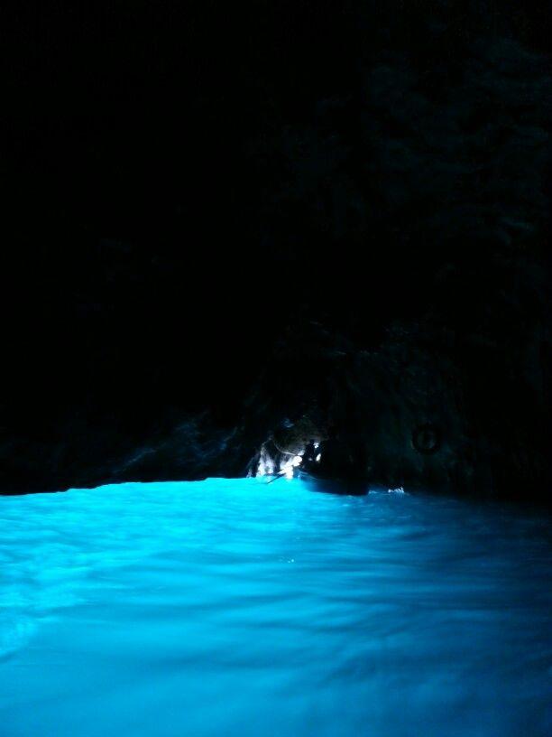 Gruta Azurra, Capri